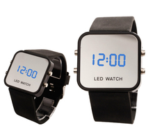 Nuevo 2015 clásica cara de espejo LED fecha Sport Rubber reloj de pulsera Digital SHUS