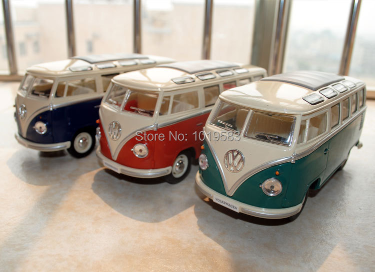 Free Shipping 3pcs/set Diecast Car Model Toys 1962 Classic Volkswagen Bus 1/24 Scale Metal Car Model Toy For Collection(China (Mainland))