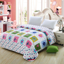 100% cotton fabric super healthy and comfortable quilt summer home textiles(China (Mainland))