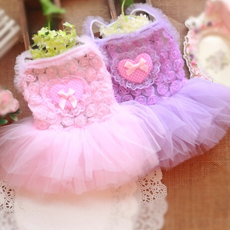 Spring Summer Puppy Princess Spaghetti Strap Bubble Dress Rose Lace Heart Decorated Elegant Sweet Small Dog Clothes Apparel(China (Mainland))