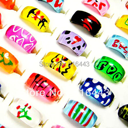 Hot Sale 100pcs Top Resin Mix Fashion Hand Printed Children Rings Wholesale Jewelry Lots Free Shipping A-081(China (Mainland))