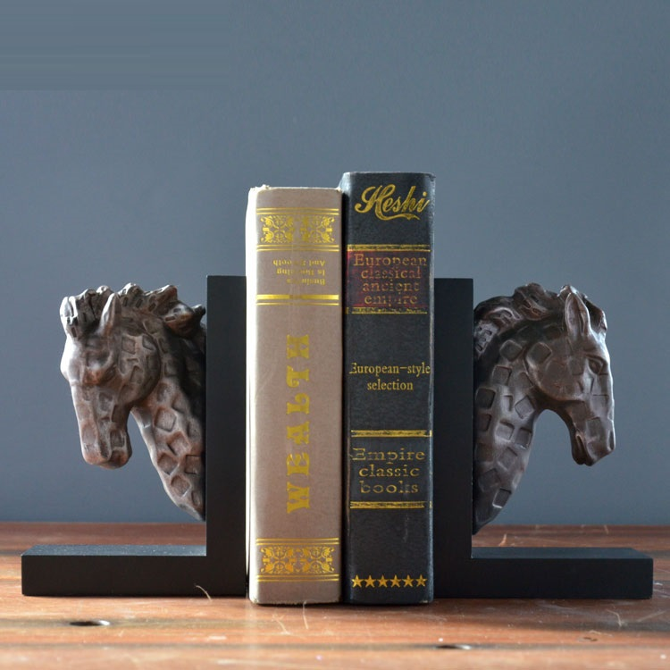 EC DAILY Saier Jia European horse bookends books, home accessories resin ornaments creative crafts den soft furnishings FREE S(China (Mainland))