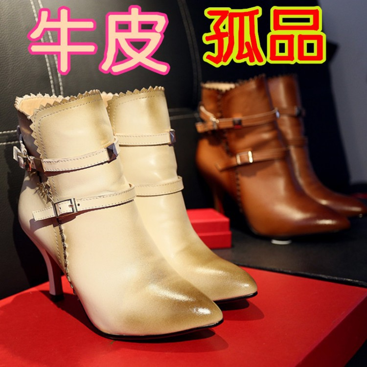 Spot Double Twelve run the amount necessary, pointed shoes with leather boots and bare boots boots retro burning flowers(China (Mainland))