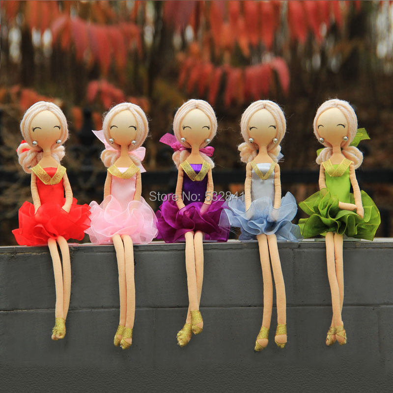 Free Shipping Hot-selling Handmade Ballet Doll Decoration Modern Crafts Home Housewarming Gifts(China (Mainland))