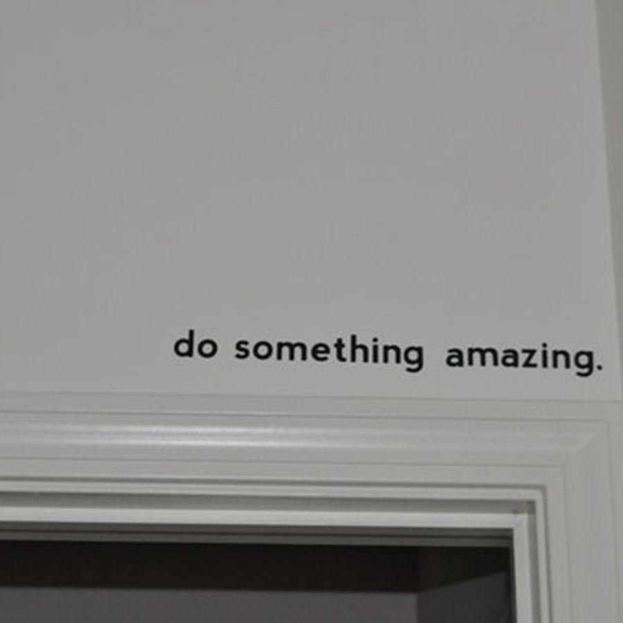 Free shipping Inspirational quote decal - Do Something Amazing.. Over the Door Vinyl Wall Decal Sticker Art , 45cm J2057(China (Mainland))