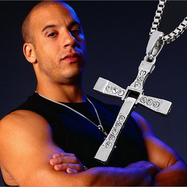 2015 Movie jewelry The Fast and Furious Dominic Toretto Classic Male Rhinestone CROSS Pendant Necklace LC05(China (Mainland))