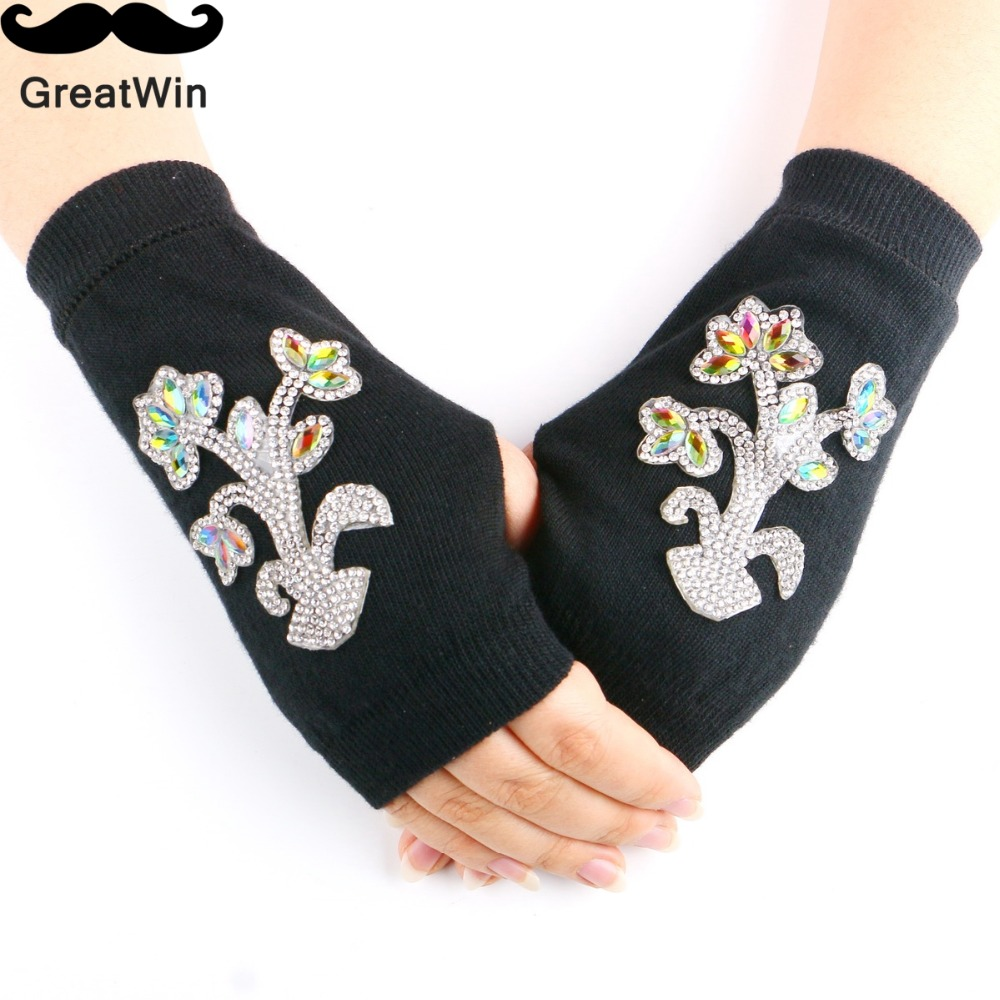 Autumn & Spring New Lovely Knitted Fingerless Girl's Wrist Gloves Computer Fashion Rhinestone Opera Women's Gloves Arm Warmer(China (Mainland))