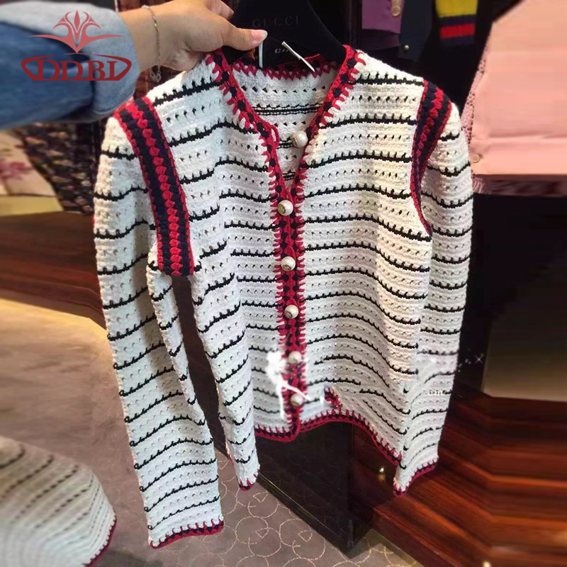 long sleeves white And black knitted cardigan wool sweaters women sweaters and knitwear Brand sweater women 613(China (Mainland))