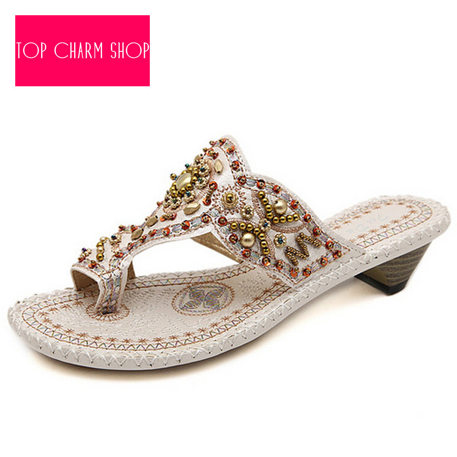 Awesome 2015 Fashionable New Designs Small Women Flat Sandal Simple Style