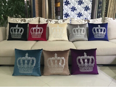 New 2015 The king's crown pillow/cushion for leaning on adornment sofa pillowcase & Automotive decorative cushion for leaning on(China (Mainland))