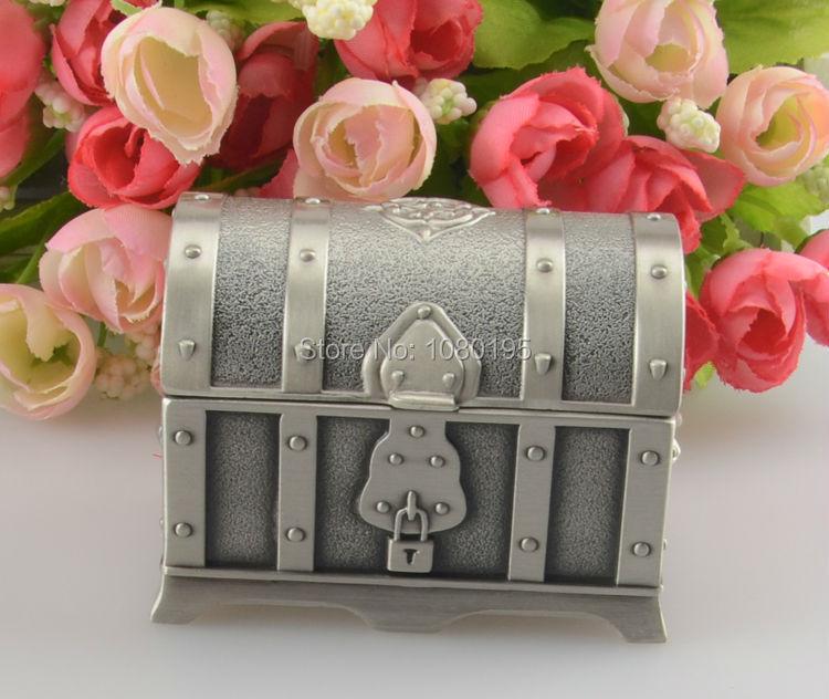 Pirates of the Caribbean Treasure Chest Box Fashion Metal Jewelry case trinket gift alloy box PA27965(China (Mainland))