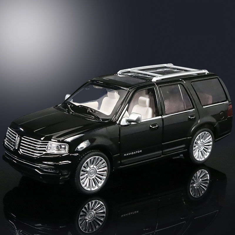 High Simulation Exquisite Diecasts & Toy Vehicles: CaiPo Car Styling Lincoln Navigator Luxury SUV 1:36 Alloy Diecast Car Model(China (Mainland))