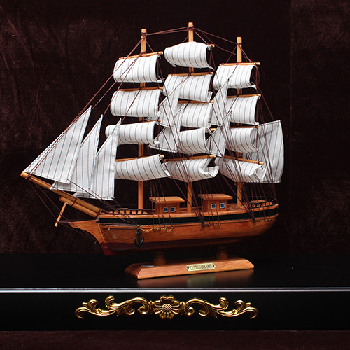 Small sailboat wood handmade wooden sailing boat model ship technology decoration home decoration(China (Mainland))