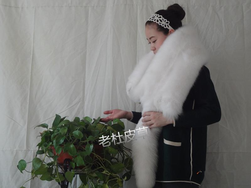 Genuine Fox fur winter thermal muffler full pelt scarf arctic fox cape general scarf gift(China (Mainland))