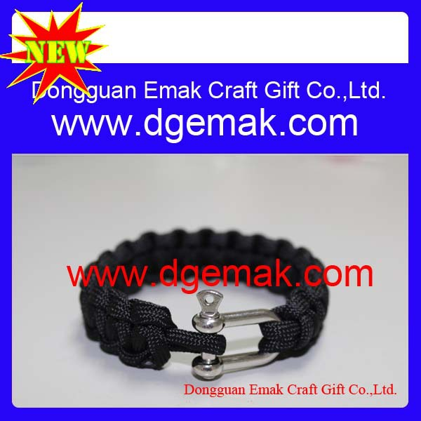 Popular outdoor 550 paracord bracelet(China (Mainland))