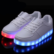 Size 35-46 Hot 8 Color LED Luminous Shoes Men Women Fashion Casual Yeezy Lighted Glowing Light up shoes For Adults Zapatos mujer(China (Mainland))