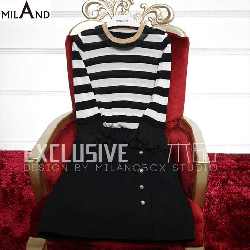 white and black knitted top and black double breasted short skirt women clothes set 2 piece set women 615(China (Mainland))