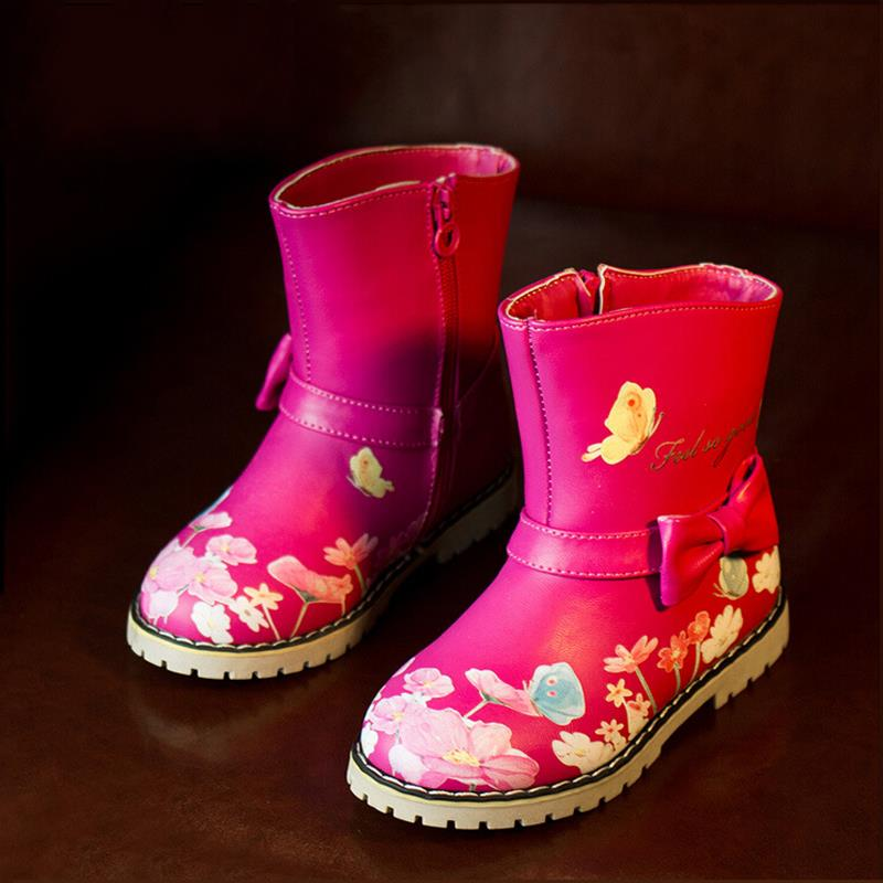 These Ozark Trail Girls' Winter Boots make a useful addition to a collection of footwear. They're ideal for the colder months of the year. Made from a unique blend of cotton and PU with a TPR sole, these waterproof winter boots are durable and dependable.
