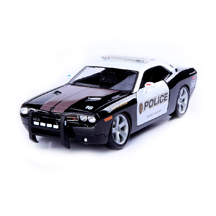 Police car Model for Dodge Challenger 2006 1:18 Alloy Diecast miniature car for Maisto collection gift Toy(China (Mainland))