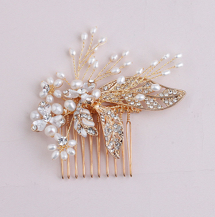 2016 New delicate handmade gold bridal pearls hair combs leaves hair stick crystal wedding combs<br><br>Aliexpress