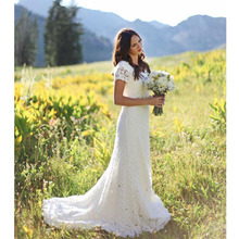 2016 New Arrival Romantic Lace Wedding Dresses White A Line V Neck Short Sleeves Floor Length Gold Sash Garden Bridal Gown(China (Mainland))
