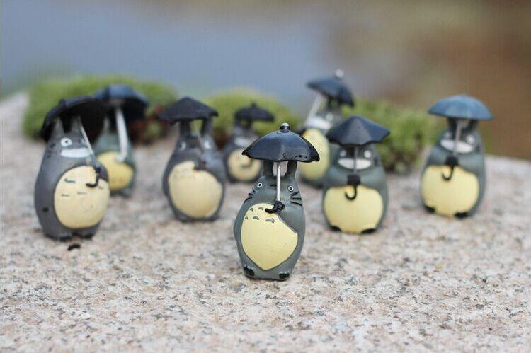 2pcs Micro Landscape micro century classic umbrella Totoro doll ornaments moss meaty platter ecological bottle DIY Accessories(China (Mainland))