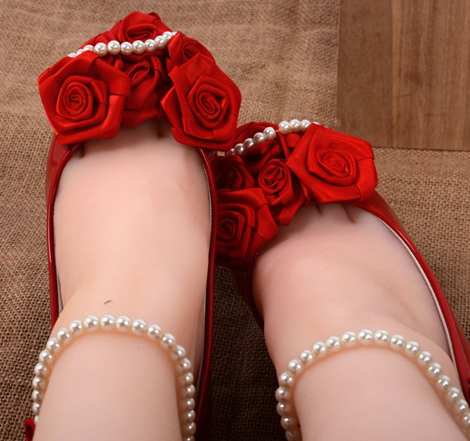 Red rose flower decoration low small heel pumps shoe for women, bridal red pearls ankle bracelets pump, red dress PR789 pump<br><br>Aliexpress