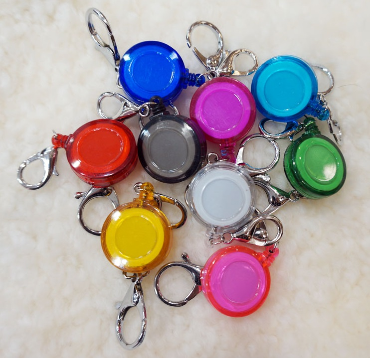 Free Shipping 1pcs Retractable Anti-Lost Clip Buckle Security Card Badge Holder Reels(China (Mainland))