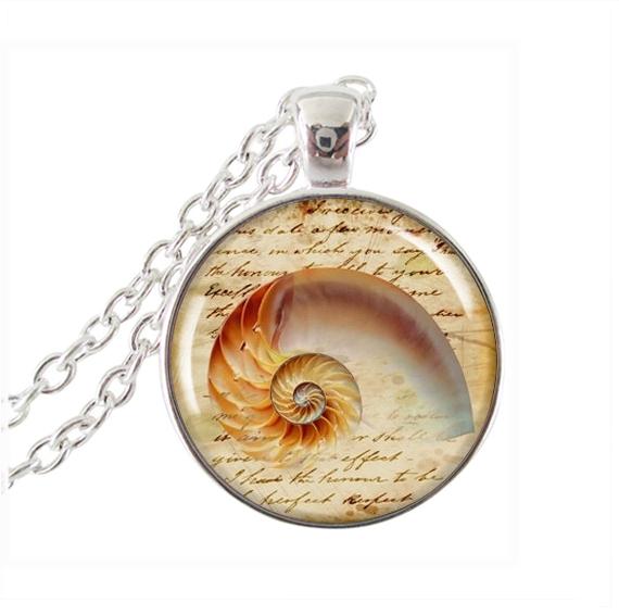 new fashion Seashell A Pendant Charm Ocean Beach animal Jewelry Sea Life statement Necklace glass cabochon Pendant gifts(China (Mainland))