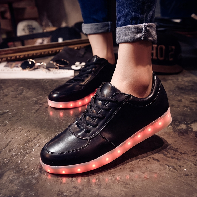 Гаджет  Spring and autumn high-top shoes women