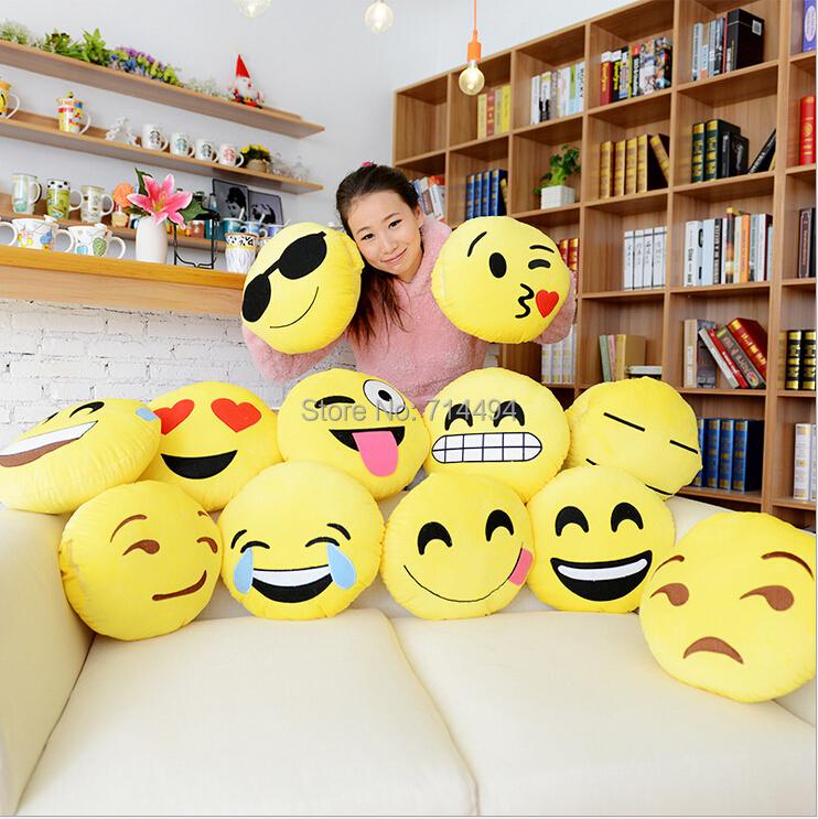 12 Styles Soft Emoji Smiley Emoticon Yellow Round Cushion Pillow Stuffed Plush Toy Doll Christmas Present Free Shipping(China (Mainland))