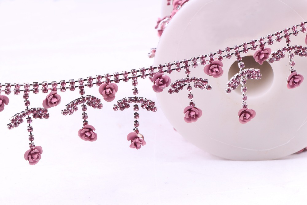 Retail Cheap Crystal clear loose Chain Cup Rhinestones Pink Folwer shape Trim Wedding Bridal Costume Trimming Applique RC-1111(China (Mainland))