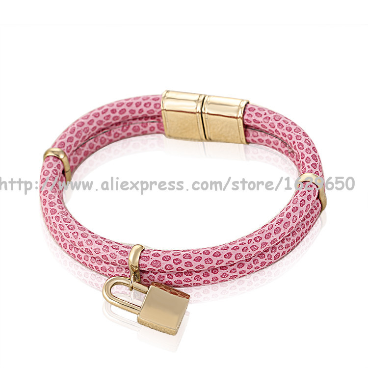 Free shipping pretty hot sell leather charm bracelet jewelry display(China (Mainland))