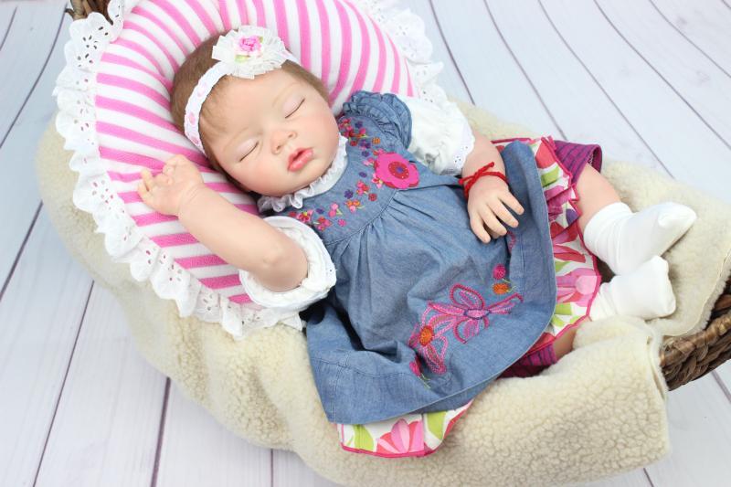"Pursue 22""/55cm Mini Silicone Baby Dolls Reborn Realistic Newborn Toddler Girl Dolls for Sale boneca bebe reborn (Close Eyes)(China (Mainland))"