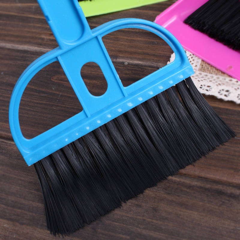 plastic desk set mini desktop keyboard cleaning brush with a small electric broom dustpan balai maison coir coconut car Hot(China (Mainland))