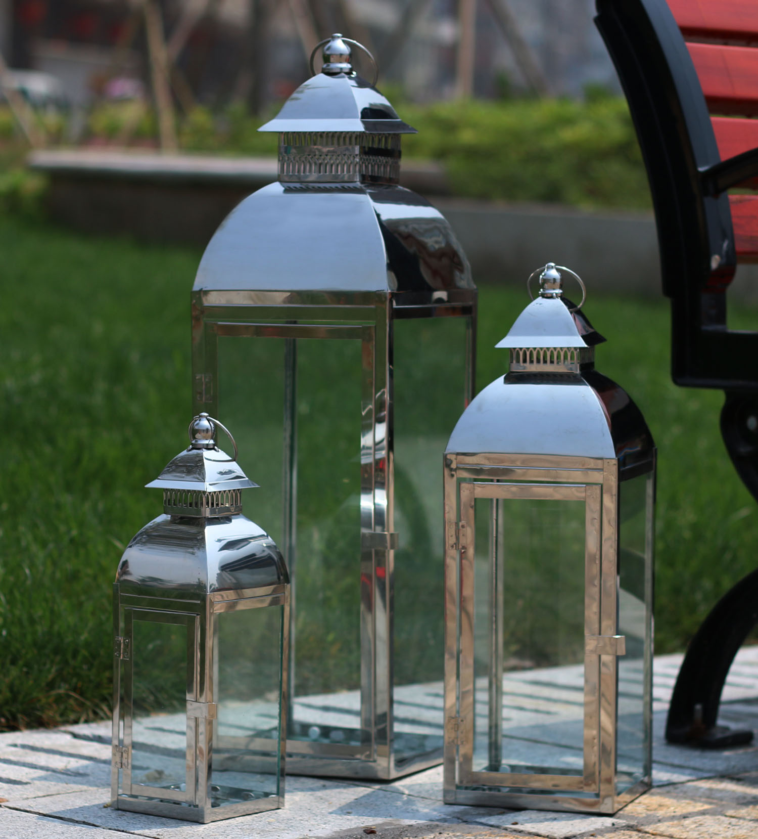 Thick section stainless steel simple lantern candle large floor wind station courtyard home furnishings stores(China (Mainland))