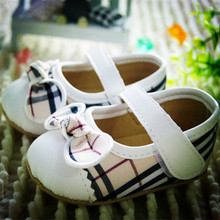 New baby girl toddler shoes fashion plaid PU princess shoes female infant soft outsole cotton-made shoes baby shoes (China (Mainland))
