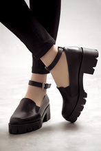 Thick Crust Creepers Platform Round Toe Chunky Heeled Ankle Straps Women Single Shoes Retro Classic High Heels Free Shipping