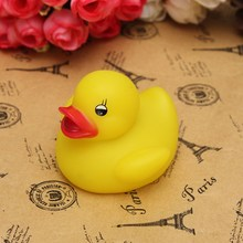 Best Price Top Selling Novel Style 1Pc Baby Kids Bath Toy Lovely Flashing LED Changing Lamp Light Duck Yellow(China (Mainland))