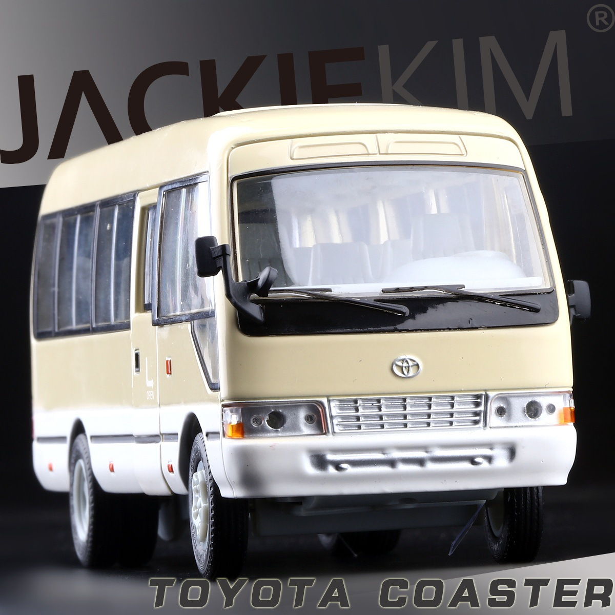 Free Shipping licensed 1:32 TOYOTA coaster bus three open door warrior acousto-optic alloy models toys kids gifts(China (Mainland))