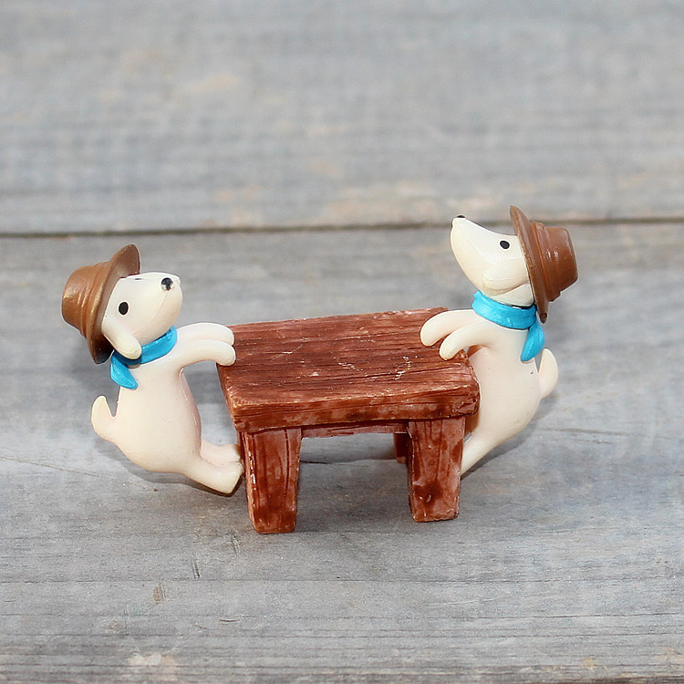 The grocery Zakka hot naughty puppy climb garden ornaments cylinder micro landscape decoration