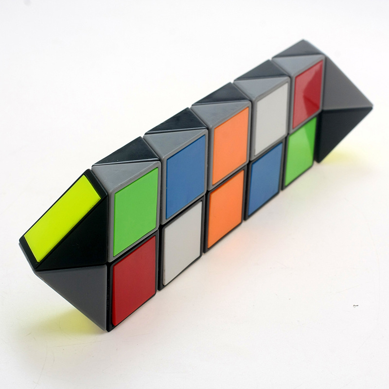 2016 Qiyi Colorful 24 period Snake Magic Cube Magic Ruler Puzzles Educational professional Magic Cube Classic Toy Factory Outlet(China (Mainland))