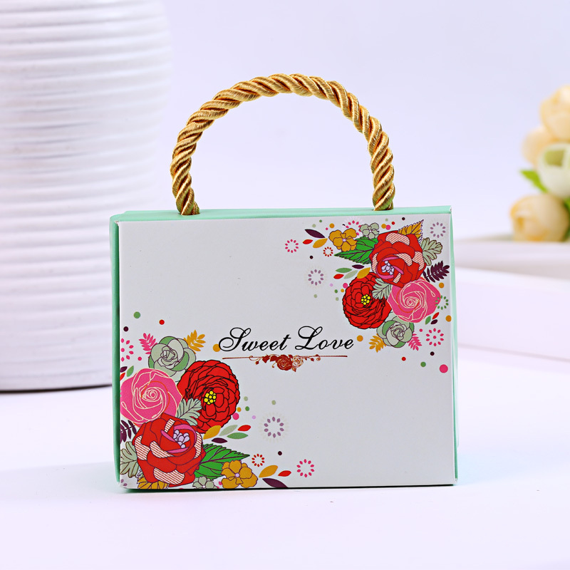 100pcs/lot Fashion Personalized bag Wedding Favor Boxes Wedding Candy Box Casamento Wedding Favors And Gifts Box(China (Mainland))