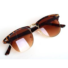 2015 Fashion Eyewear Classic Retro Unisex Avaitor Sunglasses Women Men Sun Glasses 2 Colors oculos de