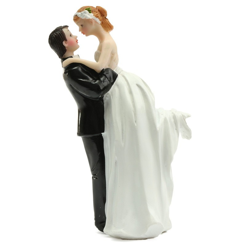 New Modern Resin Craft Bride Groom Hug Love Couple Wedding Funny Cake Topper Figurine Decoration Gifts for Home Supplies(China (Mainland))