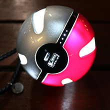 High quality Poke-mon Go Ball Power Bank 10000mAh Chager adapter With LED Light pokeball Portable Charger