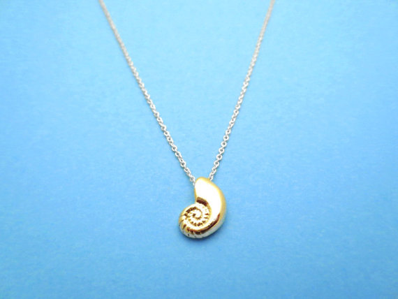 10PCS- N066 Seashell Necklace Spiral Swirl Sea Snail Necklace Conch Shell Necklace Ariel Voice Ocean Beach Necklaces(China (Mainland))