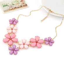 Collier Flower Statement Necklace 2015 Pink Blue Color Gold Chain Resin Pendant Choker Necklaces For Women Jewelry Bijoux(China (Mainland))
