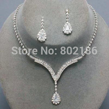 Celebrity Inspired Crystal Clear Rhinestone Necklace Set Earrings Factory Price Wedding Bridal Bridesmaid Jewelry Sets 14F2AF050(China (Mainland))