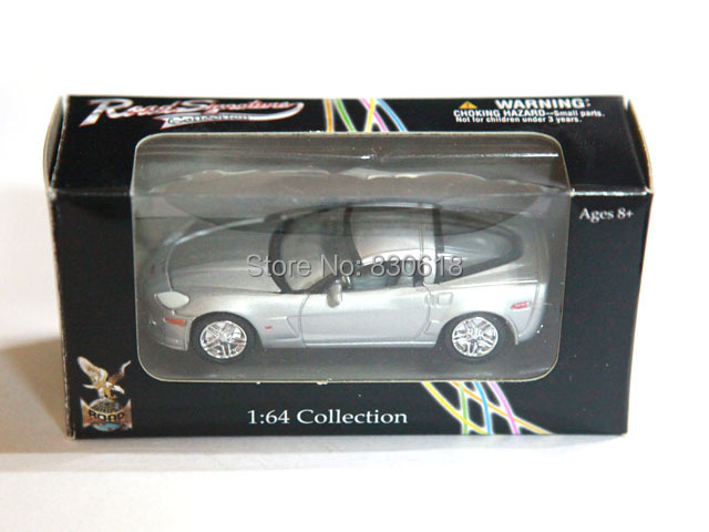 Diecast Car Silver 2007 Chevrolet Corvette Z06 Road Signature 1:64 Collection(China (Mainland))